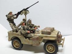 "Formative Int'l M38 Military Jeep & 4 GI Joe HASBRO 12"" Military Action Figures"