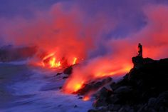 Meeting of water and lava flow. Image of lava flowing into