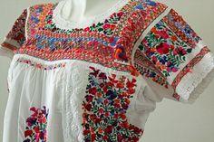 vestidos bordados oaxaqueños - Buscar con Google