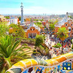 Bom dia, viajantes! Para inspirar uma boa semana: a belíssima cidade de Barcelona, na Espanha. Um destino deslumbrante que merece estar no roteiro da sua próxima viagem. Que tal ver de perto as belas torres de Gaudí?   ;)