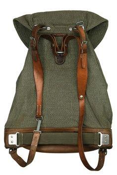 Repurposed, Reclaimed & Reused 18_Swiss Army backpack - Atelier de l'Armée