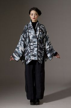 Wearable Art, Amy Nguyen, Artist, silk organza quilted pieced shibori coat, hand-dyed