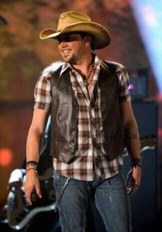 Jason Aldean!!!! I'll be seeing you on October 3rd!!!!!!!! <3