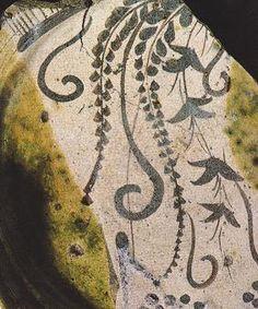 志野と織部の文様 Pottery, Calligraphy, Decor, Ceramica, Lettering, Decoration, Pottery Marks, Ceramic Pottery, Calligraphy Art