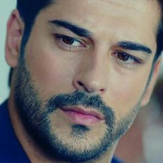 Burak Özçivit, Turkish actor, b. 1984