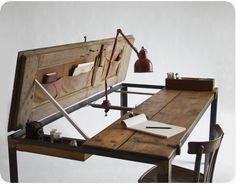 deliving blog: Transformando viejos objetos. Esa puerta de la basura ahora es una mesa