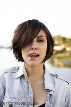 jessica stroup's hair! Next time I decide to go short, I'll do this cut. Cool Short Hairstyles, Easy Hairstyles For Medium Hair, 2015 Hairstyles, Hairstyles For Round Faces, Hairstyles With Bangs, Medium Hair Styles, Girl Hairstyles, Natural Hair Styles, Short Hair Styles