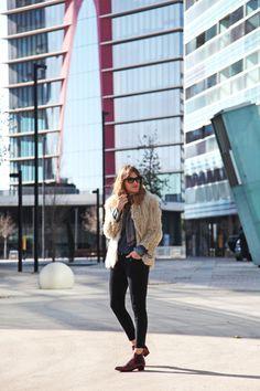 . Abrigo / Coat: vintage (from my grandma <3) . Velvet pants: Zara  . Paisley scarf: ?  . Botines / Boots: KMB (old)  . Bolso / Bag: Gucci  collage 1