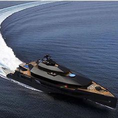 """Blacked out mega yacht """"Calibre""""!💀⚫ Would you want a blacked out yacht? Tag someone that would love this! Yacht Luxury, Luxury Cars, Luxury Travel, Luxury Homes, Yacht Design, Super Yachts, Big Yachts, Speed Boats, Power Boats"""