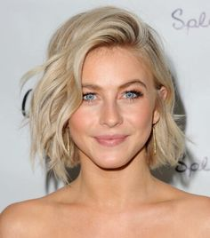 9 Hairstyles That Will Make You Look 10 Years Younger