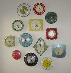 Retro Kitchen Clocks / A snappy, colorful, collection. Love Vintage, Vintage Decor, Vintage Antiques, Retro Vintage, Vintage Furniture, Vintage Stuff, Furniture Design, 1950s Decor, Pink Furniture