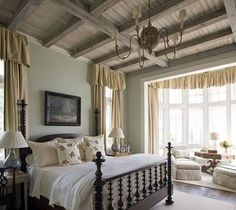 Jacobean bed, lovely English style bedroom
