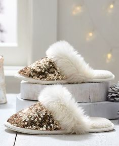 Step aside, so-so slippers. These furry favorites up the glamor factor with plenty of sequins for some serious shine. Cute Slippers, Slippers For Girls, Gold Slippers, Cute Sandals, Cute Shoes, Isotoner Slippers, Fur Sliders, Bedroom Slippers, Pb Teen