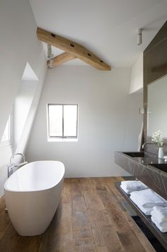Love the beam accent. #simplebathroom #cleanlines #findmydecor