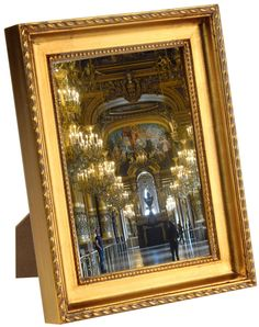 818c0aec5652 5 x 7 Wood Picture Frame for Tabletop or Wall