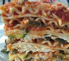 Fast and Easy veggie Lasagne Recipes -- Betty's vegetable lasagne in Ch 20 Vegetable Lasagna Recipes, Vegetarian Lasagna Recipe, Easy Lasagna Recipe, Lasagne Recipes, Pasta Recipes, Simple Vegetable Lasagna, Vegetarian Meals, Vegetable Lasagne, Going Vegetarian