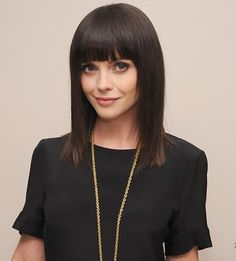 Simple-Black-Natural-Silk-Straight-Hair-with-Long-Bob-Hairstyles-and-Blunt-Bangs-Upper-the-Eyebrows.jpg (460×510)