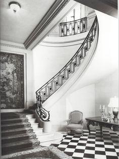 stair railing - unique, yet classic