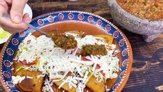 Empanadas, Chicharrones, Quesadillas, Palak Paneer, Ethnic Recipes, Food, Crimping, Quesadilla, Essen