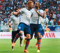 #LEIAMAIS WWW.OBSERVADORINDEPENDENTE.COM Sociais: Com três gols de Souza, Bahia vence Sport e vai pe...