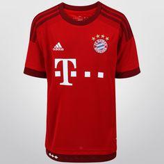 Con el Jersey Infantil Adidas Bayern Munich Casa 15/16 s/n°, tus pequeños podrán lucir con orgullo su afición por el poderoso equipo bávaro. Está confeccionado con tejido CLIMACOOL, sistema que lo mantendrá fresco y seco todo el tiempo.