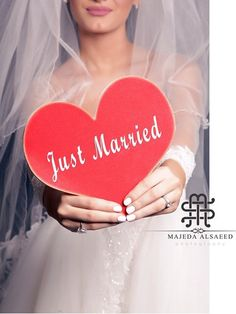 Just married 💍 Hair Upstyles, Wedding Photos, Wedding Ideas, Muslim Fashion, Just Married, True Beauty, Dream Wedding, Groom, Bride