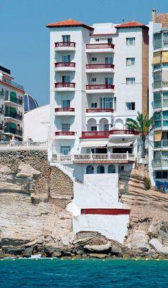 Hotel RH Canfali - Fachada desde el mar