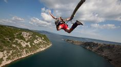 Take the plunge, adrenaline junkies! Kick start your drive for adventure with Travel Channel's list of the top 5 tallest bungee jumps in the world. Experiment, Bungee Jumping, Adventure Activities, Travel Channel, Public Speaking, Outdoor Activities, Adventure Travel, Things That Bounce, The Good Place