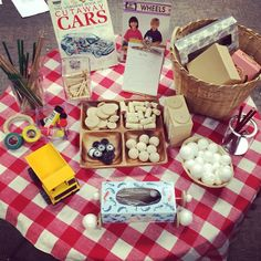 """Transportation with Donald crews: An invitation to build/create a car from Joanne Babalis ("""",) Kindergarten Inquiry, Inquiry Based Learning, Preschool Science, Project Based Learning, Learning Centers, Early Learning, Literacy, Reggio Emilia, Kind Photo"""
