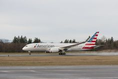 American Airlines welcomes first Boeing Dreamliner to fleet.