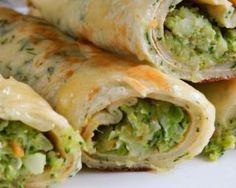 Cr�pes de quinoa sans gluten persill�es, fourr�es au brocoli et fromage frais