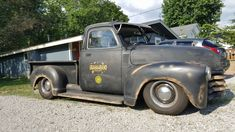Old Pickup Trucks, Chevy Trucks, Chevrolet 3100, Rusty Cars, Show Trucks, Chevy Pickups, Classic Trucks, Madness, Antique Cars
