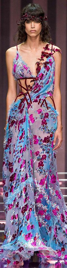 Atelier Versace Fall/Winter 2015-16 #Haute #Couture ♔ Très Haute Diva