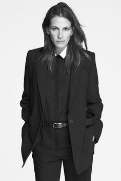 Julia Roberts nuovo volto di Givenchy - L'attrice scelta da Riccardo Tisci per la campagna adv della Primavera-Estate 2015 - Read full story here: http://www.fashiontimes.it/2014/12/julia-roberts-nuovo-volto-di-givenchy/