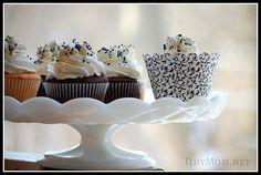 B&W cupcakes