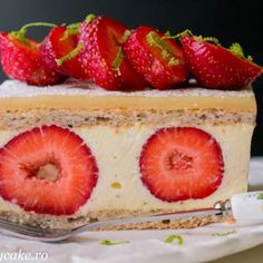 Paste cu ciuperci si sos cremos de spanac - Lucky Cake Lucky Cake, Paste, Grapefruit, Hamburger, Caramel, Strawberry, Sticky Toffee, Candy, Strawberry Fruit