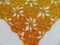 Шаль или бактус безотрывными цветочными мотивами.(crochet shawl unseparated motives (Шаль #20) - YouTube | БЕЗОТРЫВНОЕ ВЯЗАНИЕ | Postila