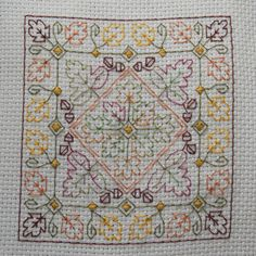 Biscornu Autumn Leaves embroidery pattern by BrodeuseBressane