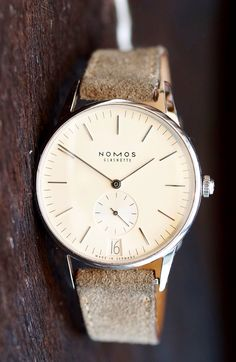 Nomos Orion Weiss 38