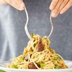 Raw food chef Julie Van den Kerchove deelt vier luchtige rec... - Het Belang van Limburg: http://www.hbvl.be/cnt/dmf20151015_01920934/raw-food-chef-julie-van-den-kerchove-deelt-vier-luchtige-recepten