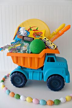 Creating cute and unique Easter Baskets for Boys, this dump truck one is so cute! My boys would LOVE it!