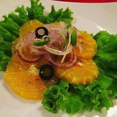 Orange & Onion Salad #travelfoodblog #cebu #food #cooking #orange #onion #salad Onion Salad, Cebu, Salads, Orange, Vegetables, Cooking, Food, Kitchen, Women's Side Tattoos