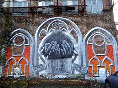 https://flic.kr/p/QDBX5A | Sheffield Street Art | Sylvester Street Car Park  Various Artists.  Some street art located at the Sylvester Street charity car park. Darwin Sidney Street Artist: Rocket01