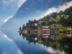Ulvik, Hardangerfjord, Norvégia  Feltöltve: 2011. jan. 13.  Bálint