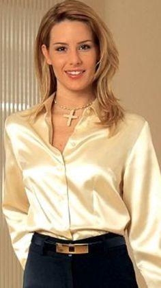 Sexy Blouse, Blouse And Skirt, Blouse Outfit, Satin Top, Silk Satin, Oversized Button Down Shirt, Satin Bluse, Satin Shirt, Beautiful Blouses