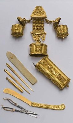 Chatelaine and contents, 1760, Madrid, gold, steel, silver, ivory. museodeltraje.mcu.es     suzilove.com
