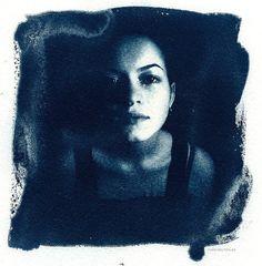 Amazing+Portrait+Cyanotype+Photography+by+Ruediger+Beckmann+(5).jpg (628×640)