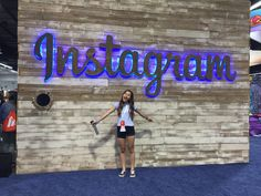 Instagram: huesphotos Vidcon