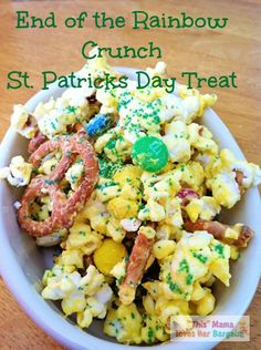 end of the rainbow crunch st patricks day treat #recipe #StPatricksDay