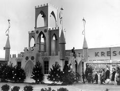 Santa Clause castle at Parmatown Shopping Center
